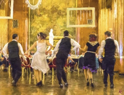 dancersQM2